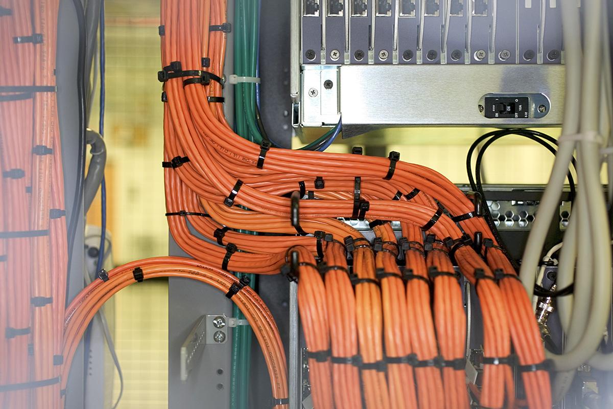 Belden - spacemaker - smaller cables