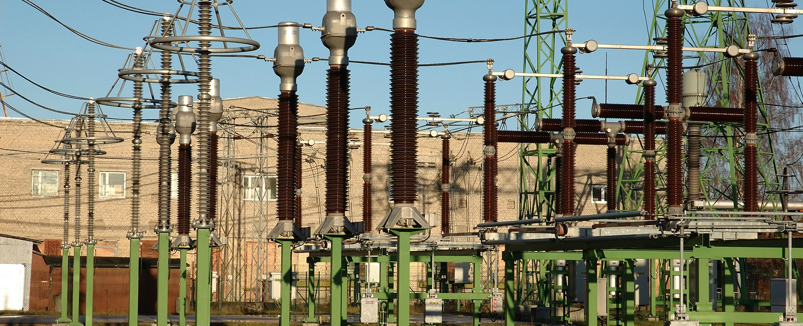 cost effective industrial wireless communication for smart grids