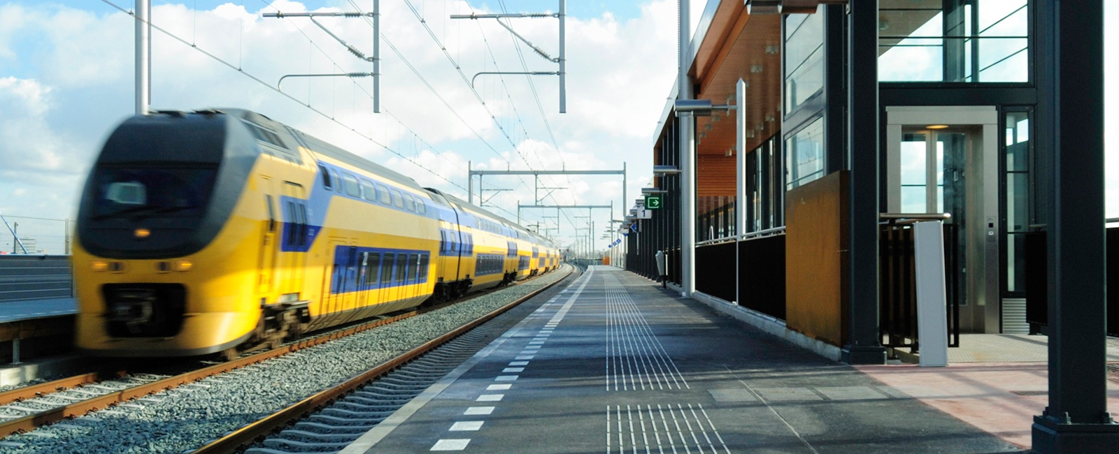 wireless infrastructure for train control systems